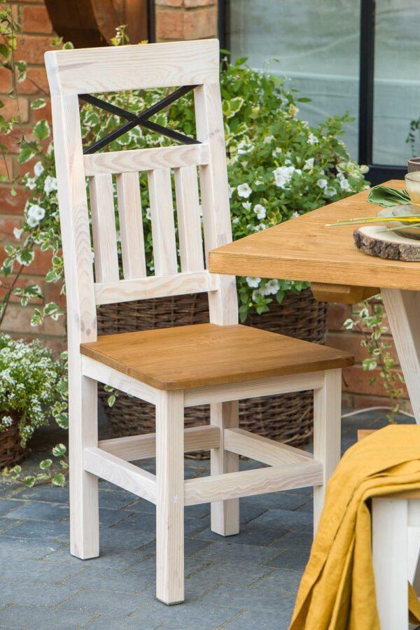 krzesła drewniane meble woskowane