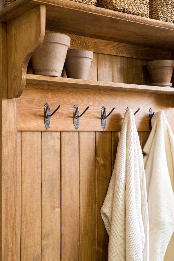 woskowana garderoba