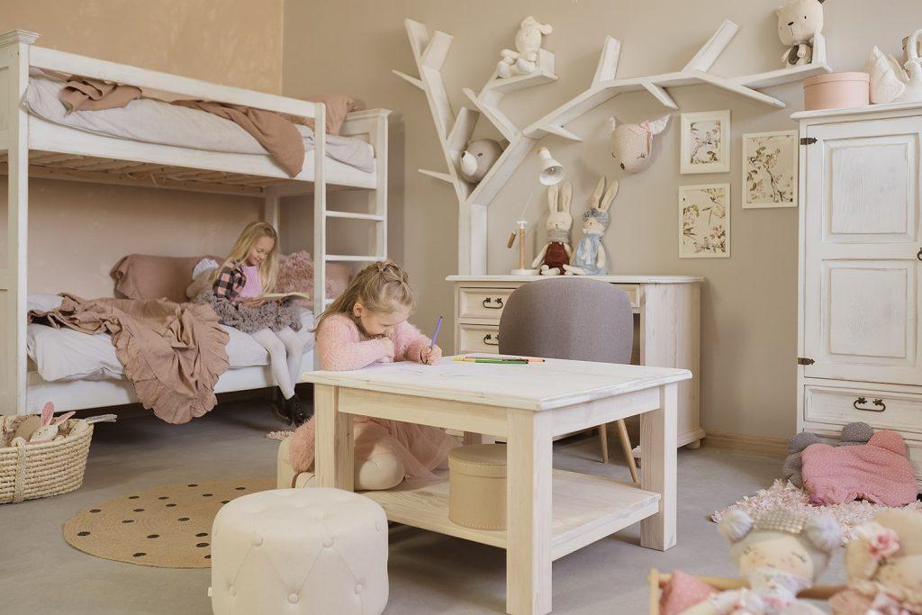 drewniane meble dla dzieci