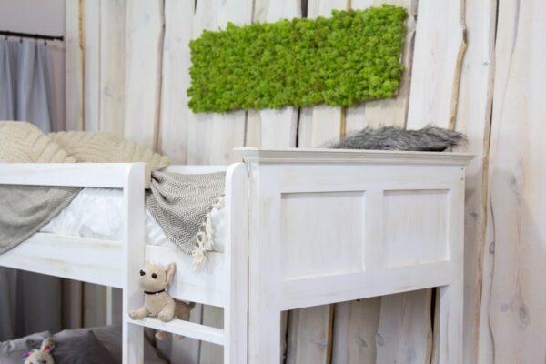 piętrowe łóżko białe