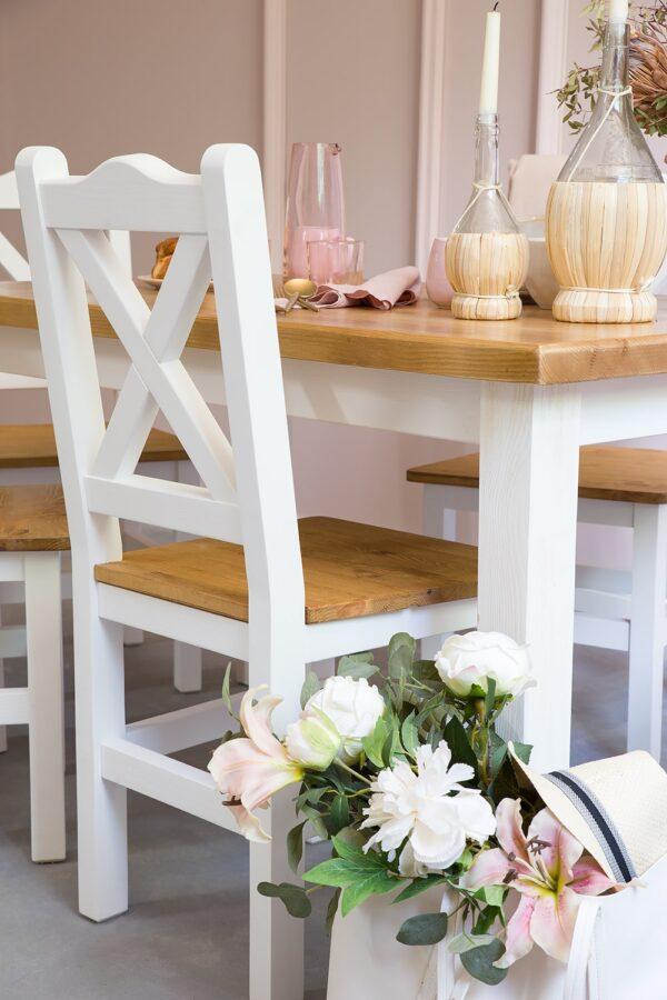 krzesła sosnowe białe