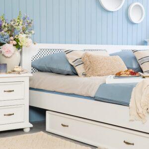 białe meble woskowane do sypialni