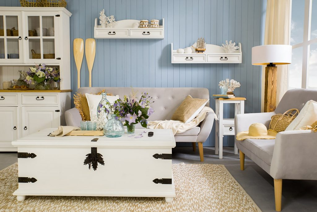 sosnowe meble białe do salonu